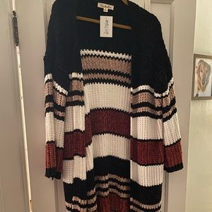 Sweaters - Beautiful chenille cardigan